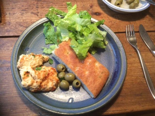 13.3.16 - Focaccia,Hummus,Salat,Obstsalat,vegan (17)