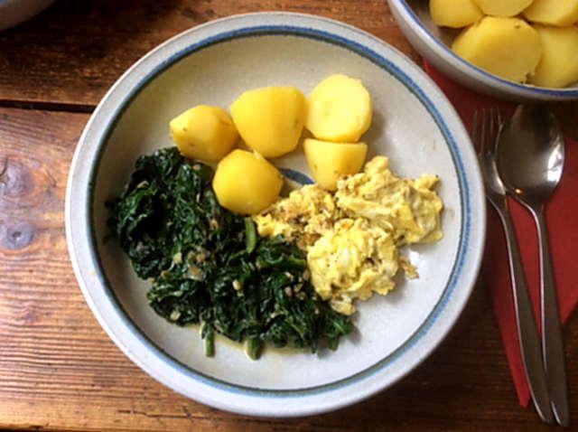 24.3.16 - Spinat,Rührei,Kartoffel,vegetarisch (1a)