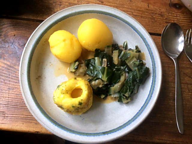 28.3.16 - Mangold,Tassenei,Kartoffeln,Dessert (1)