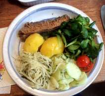 11.4.16 - Brathering,Salate,Kartoffeln,pescetarisch (8)