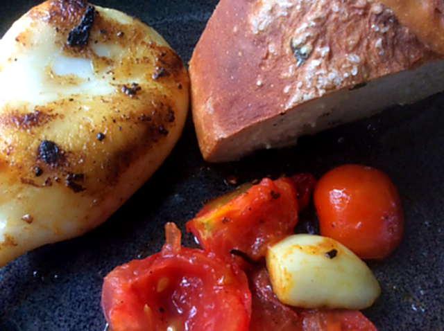 13.4.16 - Tintenfisdch Tuben,Tomaten,Baguette   (17)