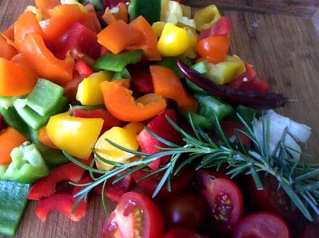 18.4.16 - Paprikapfanne,Joghurtdip,Kartoffeln,vegetarisch (4)