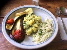 25.4.16 - Ofengemüse,Kartoffelstamp mit Löwenzahn,Kohlrabisalat (17)