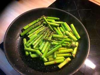 29.4.16 - Kartoffelgratin,grüner Spargel,Fenchelsalat (16)