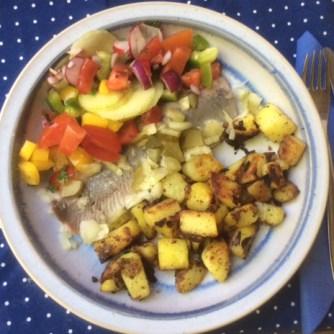 9.5.16 - Matjes,Kartoffeln,Salat,Obstsalat (16)