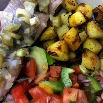 9.5.16 - Matjes,Kartoffeln,Salat,Obstsalat (21)