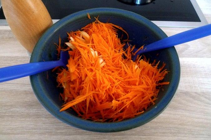 pastinaken-kartoffelstampffeldsalatmhrensalatgeraucherter-buckling-3