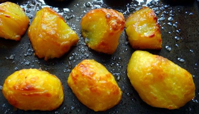 Gebackener Feta,Ofenkartoffel,Pimientos,Gurkensalat,Walleln (12)