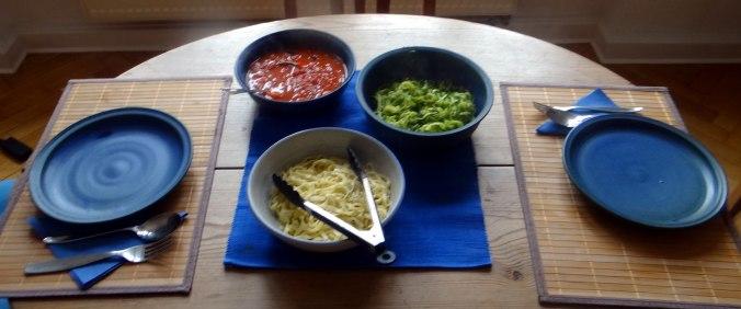 Nudeln,Zucchini Nudeln,Tomaten Soße (3)