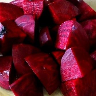 Rote Beete Gemüse,Möhrensalat,gebratener Feta,Pellkartoffeln,vegetarisch (8)