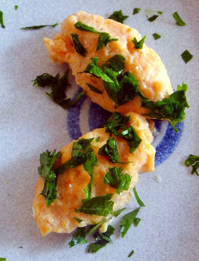 Pastinakensuppe,asiatischer Spinat,Ricotta Nocken (22)