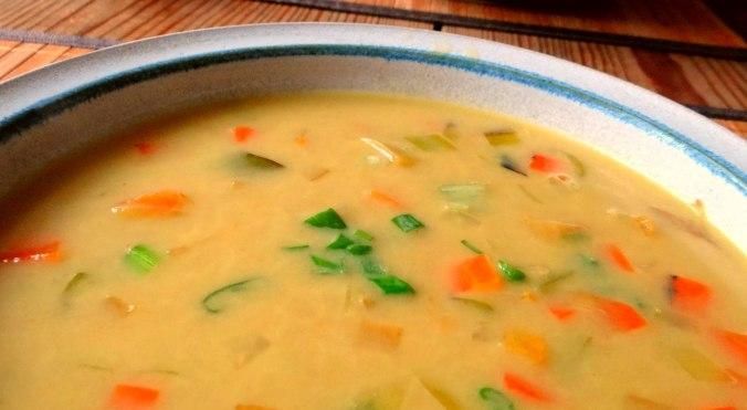 Gemüse-Linsen-Kokossuppe (2)