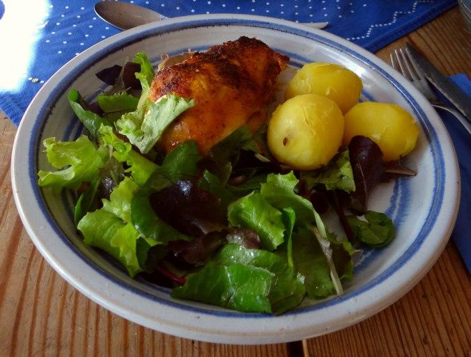 Mais Poularde,Salat,Birne in Rotwein (12)