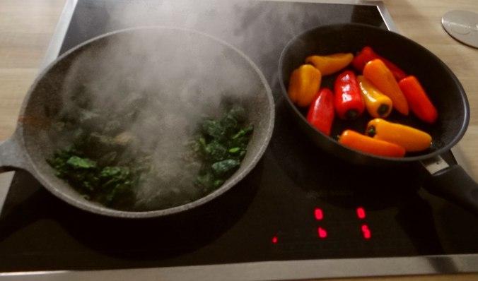 Spinat,Rührei,Paprika,Pellkartoffen (5)