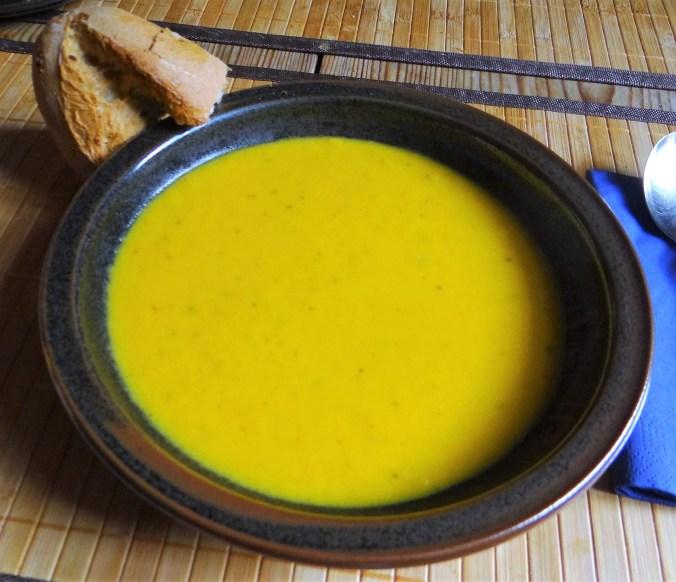 Orientalische Möhrensuppe und Quitten Dessert (1)