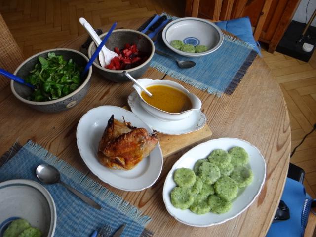 Hähnchen,Bärlauchtaler,Salate (4)