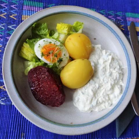 Meerrettichquark,Rote Beete,Ei,Salat,Pellkartoffeln (1)