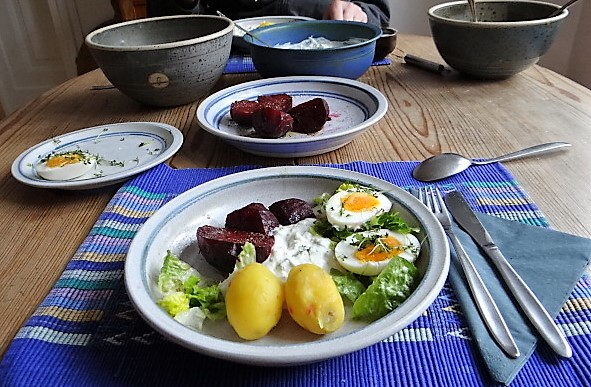 Meerrettichquark,Rote Beete,Ei,Salat,Pellkartoffeln (19)