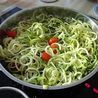 Zucchini Zoodles,Champignon,Tomaten (9)