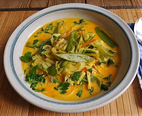 Asiatische Gemüsesuppe (1)
