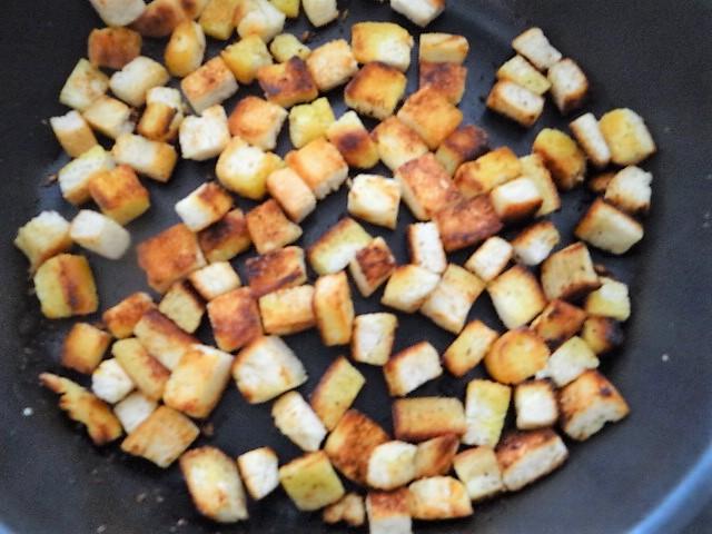 Mais Poularde,mediterraner Salat,Klöße halb und halb (11)