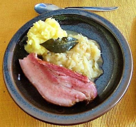 Sauerkraut,Wellfleisch,Kartoffelstampf (14)