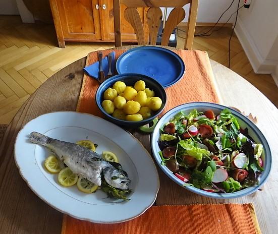 Wolfsbarsch,Salat,Kartoffeln (5)