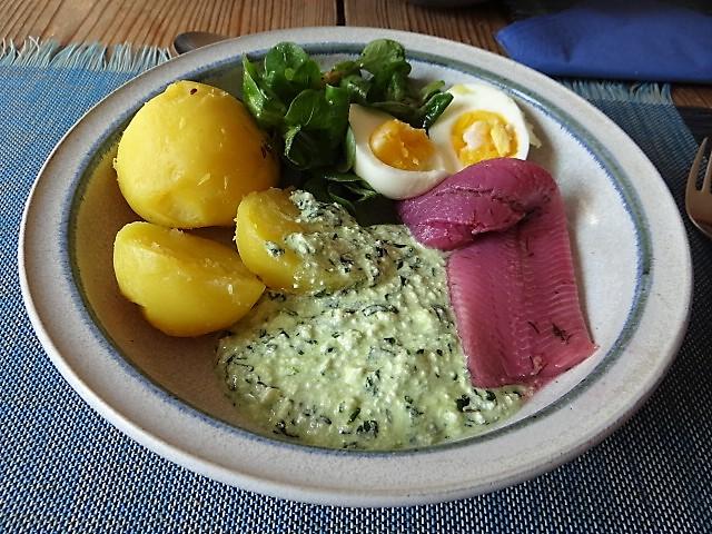 Kartoffeln,Fisch und Dip