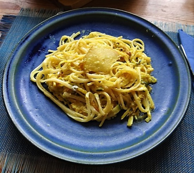 Pastinaken-Zucchini Zoodles,Spaghetti,Gorgonzolasauce (17)