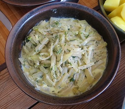 Kohlrabi Gemüse,Kartoffeln,Salat (5)