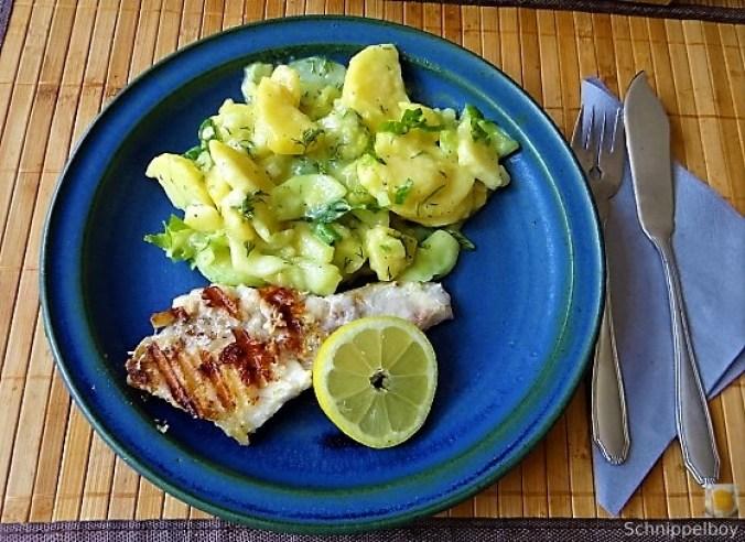 Rotbarsch,Kartoffel-Gurkensalat (1).JPG