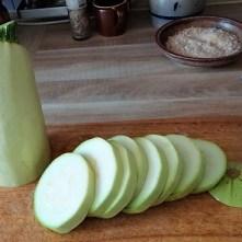Frittierte Zucchini mit Gorgonzolasauce (9)