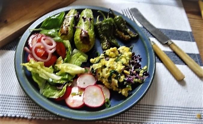 Gemüse,Salat und Ei (1)