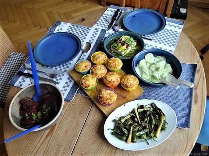 Kleine Kartoffelaufläufe,Rote Beete,Gurke,Pimientos,Feta (5)