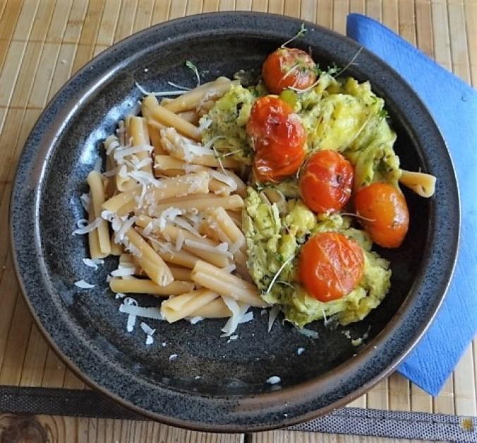 Linsennudeln, Tomaten mit Rührei (11)