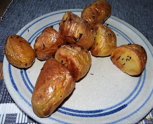Ofenkartoffel,Rote Bete,Rucola Pesto,Bratwürste (6)