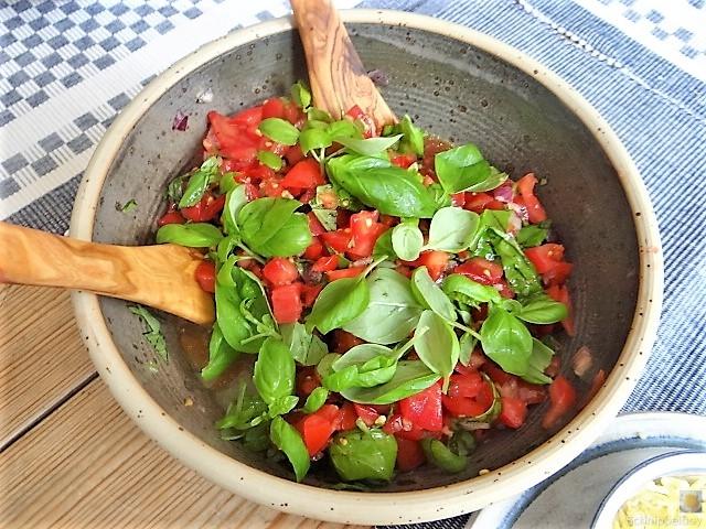 Spaghetti mit Tomaten (Keka) (11)