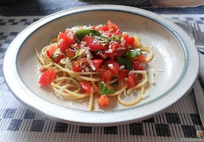 Spaghetti mit Tomaten (Keka) (16)