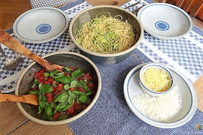 Spaghetti mit Tomaten (Keka) (4)