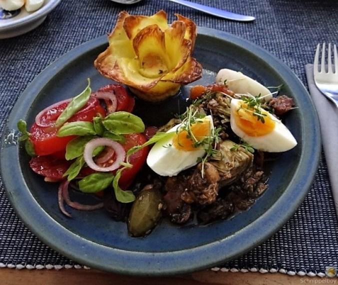 Thunfisch-Eiersalat mit Kartoffelrosen (1)