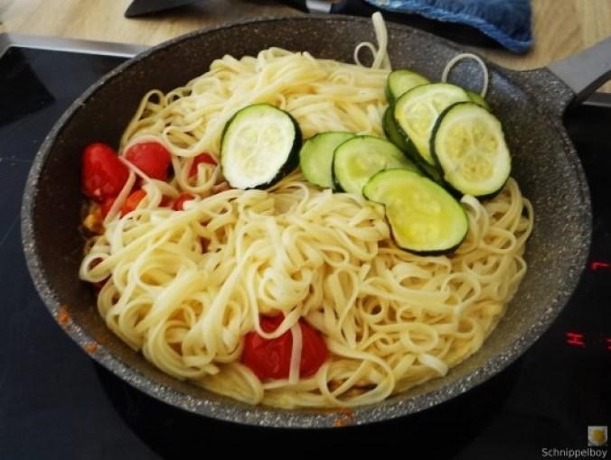Linguine,geschmorte Tomaten,Miesmuscheln (16)