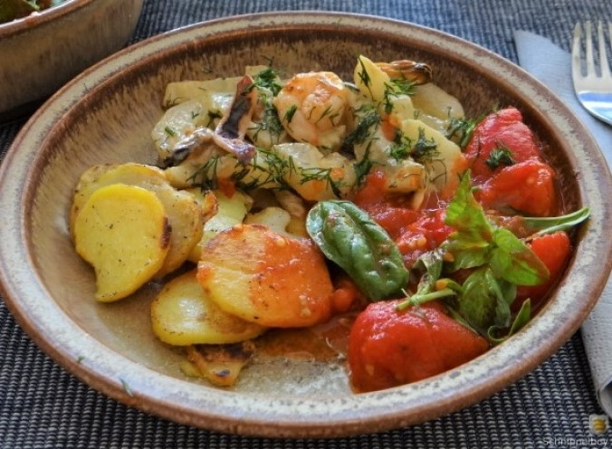 Schmorgurke, Tomatenragout, Meeresfrüchte (2)