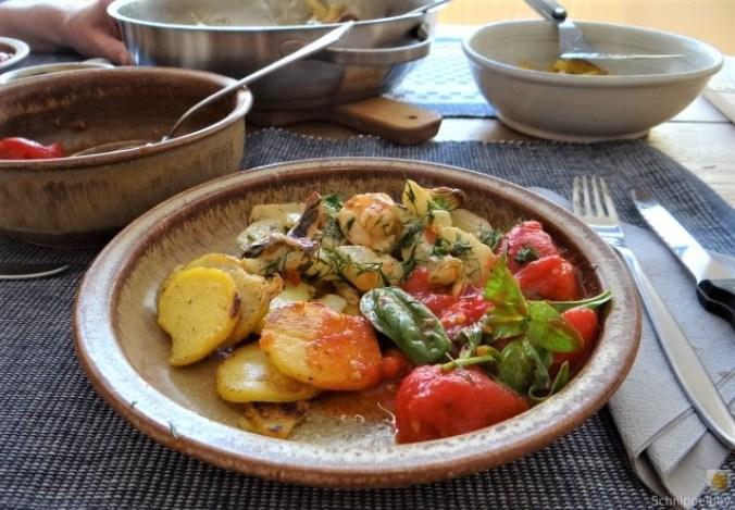 Schmorgurke, Tomatenragout, Meeresfrüchte (27)