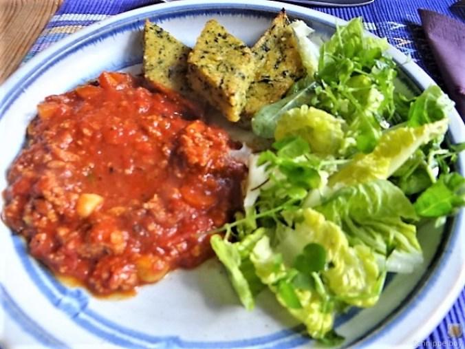 Brennessel Polenta mit Bolognese (1)