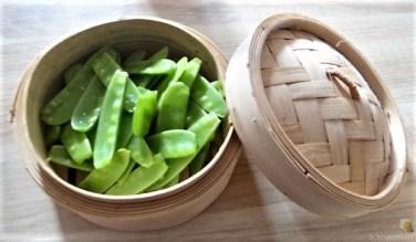 Gedämpftes Gemüse,Käsesauce, Blaue Kartoffeln (10)