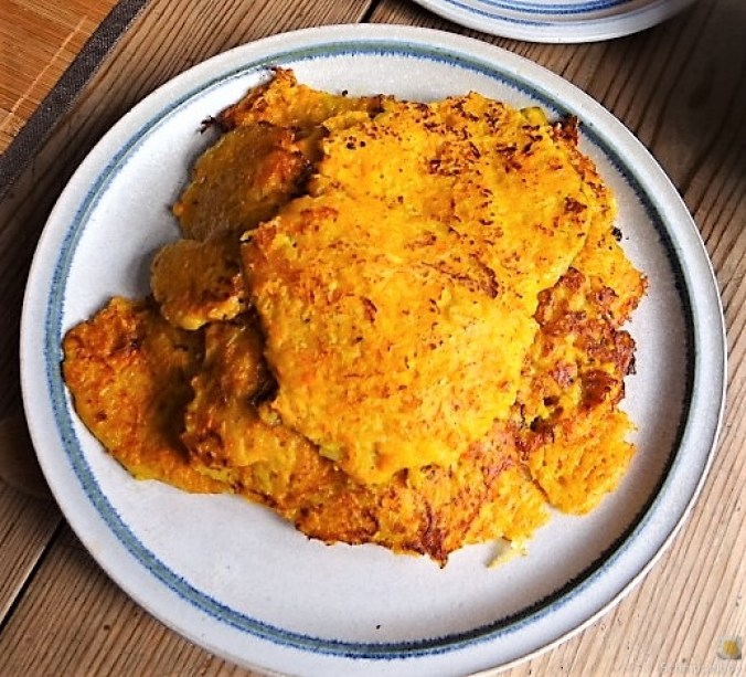 Kürbisrösti,Lachs,Salat,Rhabarberkompott (15)