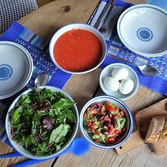 Tomatensalsa,Guacamole,Salat und Ei (14)