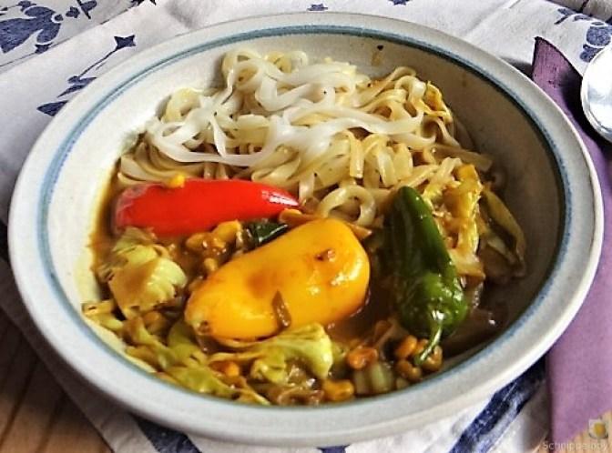 Gemüse in Kokosmilch und Reisnudeln (2)