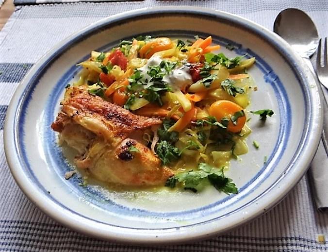Hahnchen auf einem Gemüsebett (2)