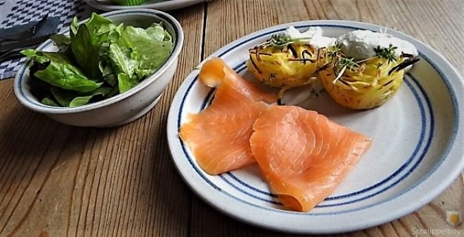 Kartoffelküchlein, Lachs, Meerrettichdip (6)
